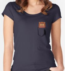 Pocket Otter Women's Fitted Scoop T-Shirt