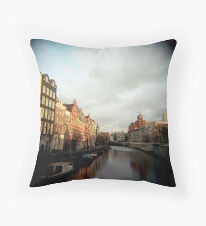 Maravilloso Throw Pillow