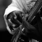 Busy bass fingers by richardseah