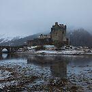 Eilean Donan Castle by tinnieopener