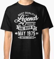 Camiseta clásica Legends born in may 1975