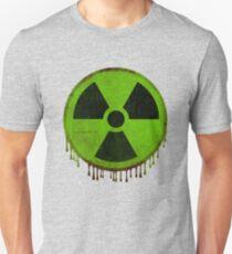 Radiation symbol green Unisex T-Shirt