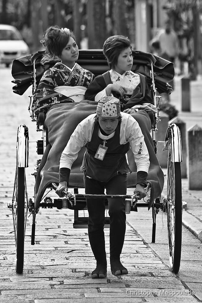Pendant que les femmes rêvent... by Christophe Mespoulede