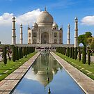 Taj Mahal with reflection north side. by bulljup