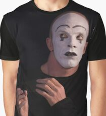 3 Faces Graphic T-Shirt