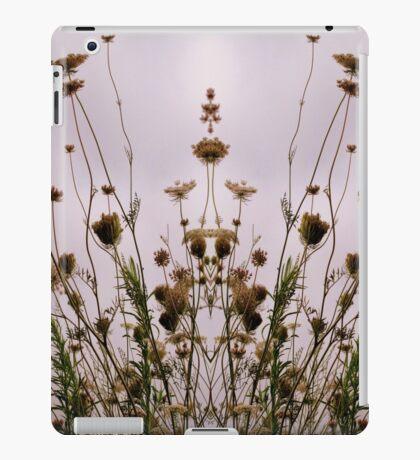 Queen Anne's Fantasy  iPad Case/Skin