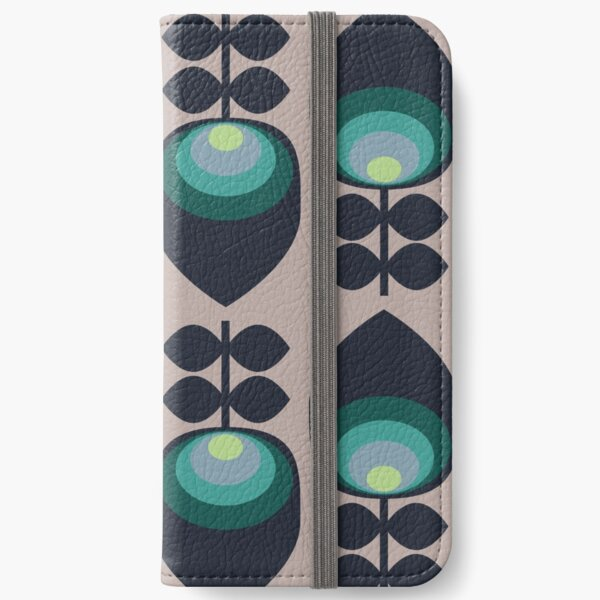 Hoodwinked iPhone Wallet