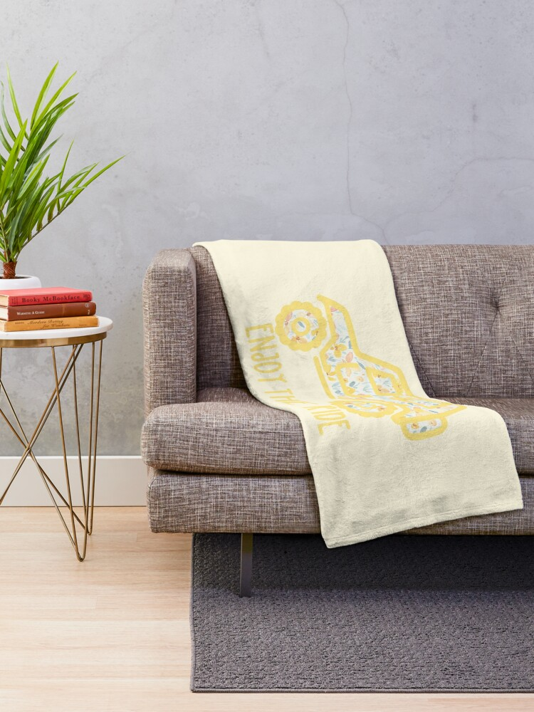 Alternate view of Floral Jeep (yellow) Throw Blanket
