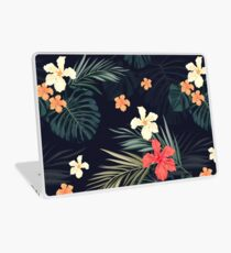 Dark tropical flowers Laptop Skin