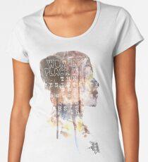 Camiseta premium de cuello ancho El lugar de una mujer está en la resistencia