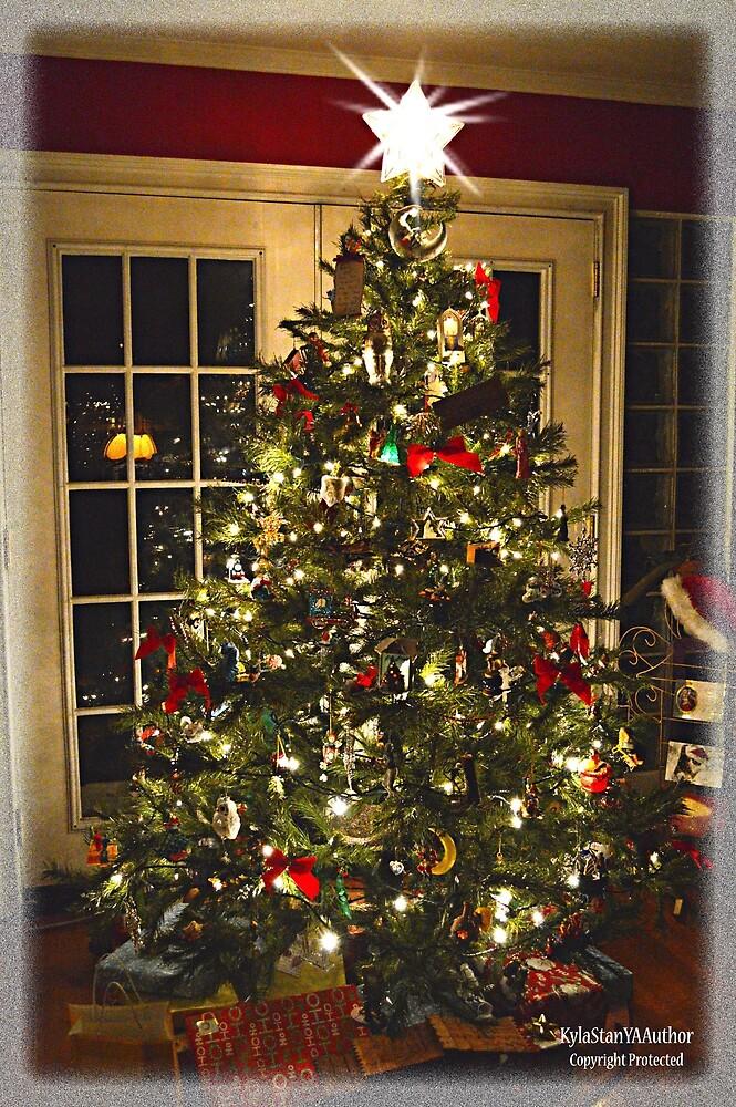 Christmas Tree by KylaStanAuthor