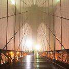 «Puente de brooklyn en la niebla» de Randy  LeMoine