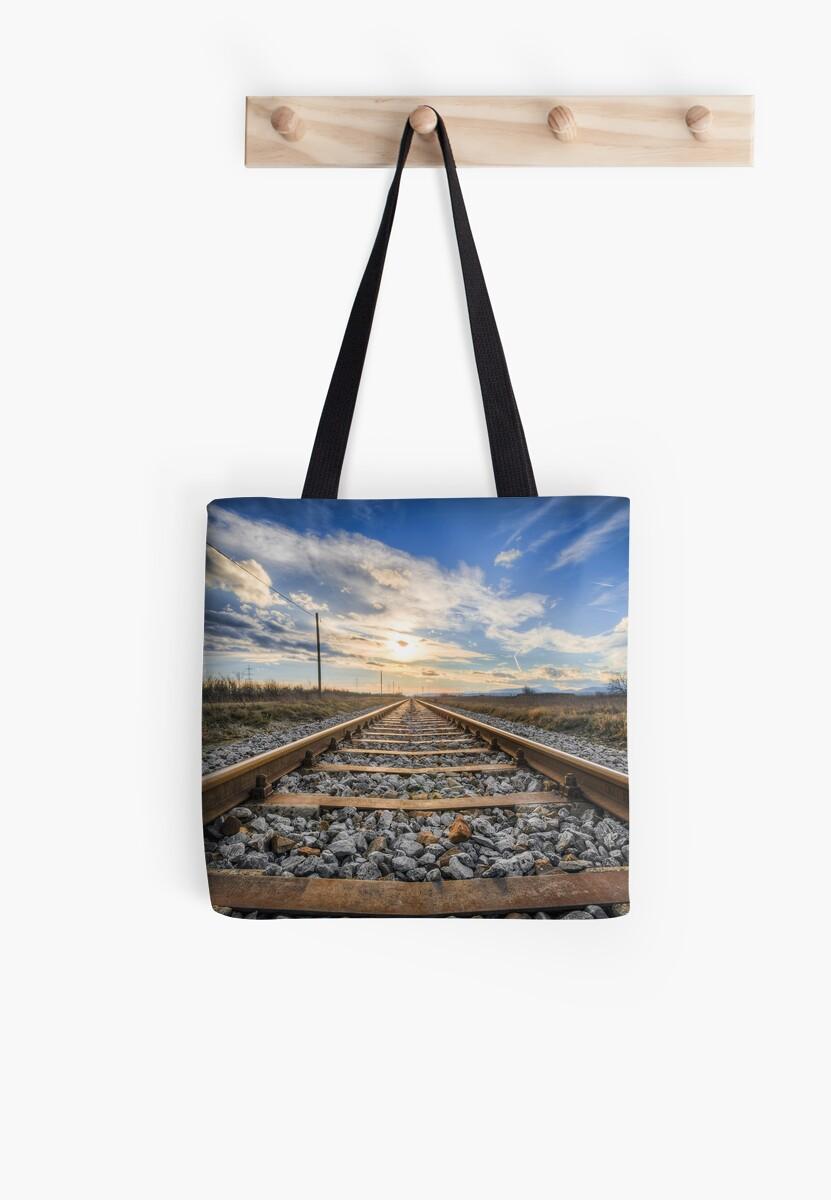 Railway line by fourretout