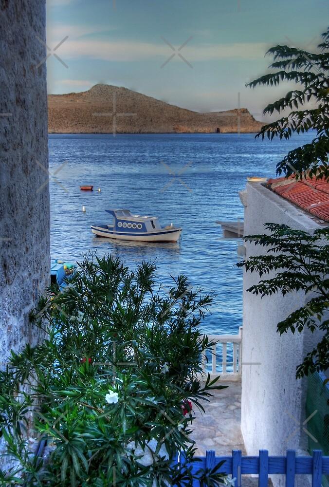 Blue Lagoon by Tom Gomez