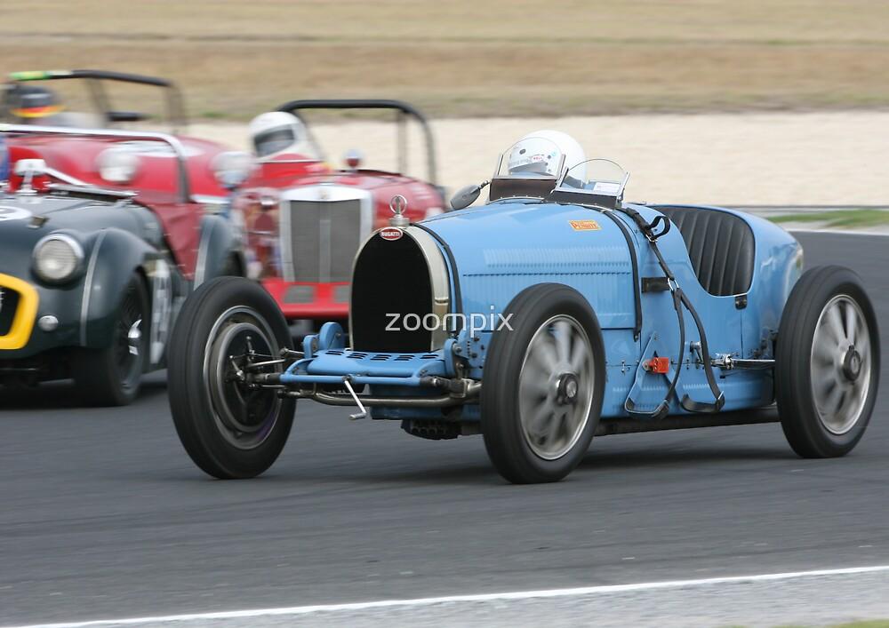 Bugatti in blue by zoompix