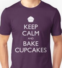 Keep Calm and Bake Cupcakes Unisex T-Shirt