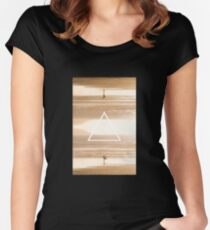 Reflect Women's Fitted Scoop T-Shirt