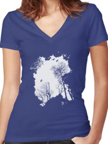 fresh air expanse Women's Fitted V-Neck T-Shirt