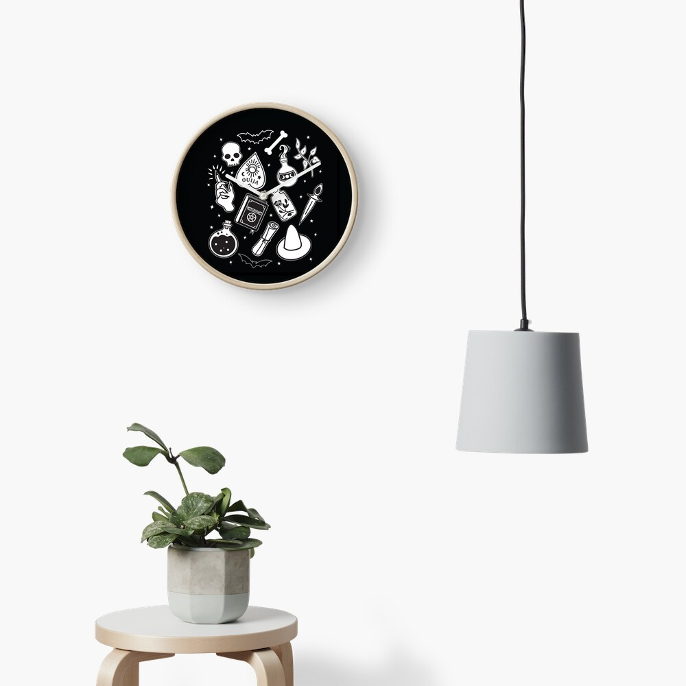 Witchy Essence Black Clock