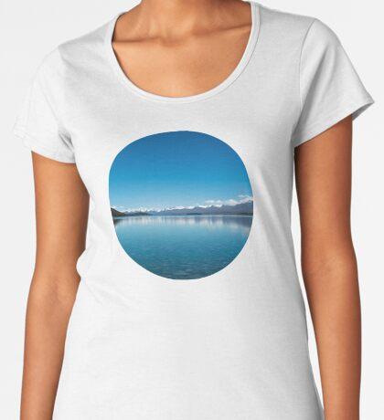 Blaue Linie Landschaft Frauen Premium T-Shirts