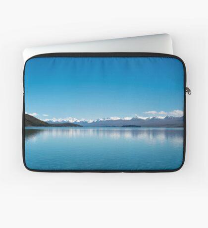 Blaue Linie Landschaft Laptoptasche