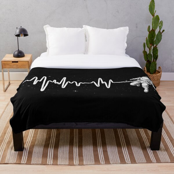 Space Heartbeat Throw Blanket