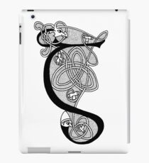 Knight and Dragon Alphabet - G - black and white iPad Case/Skin
