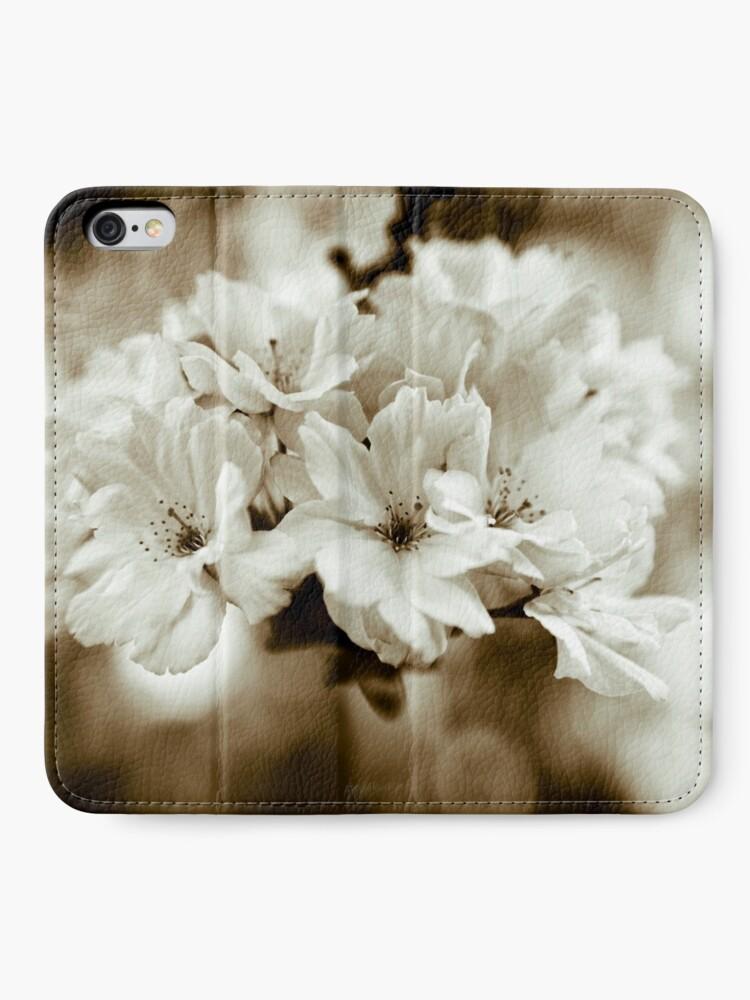 Alternate view of Sakura iPhone Wallet
