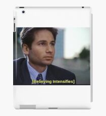 BELIEVING INTENSIFIES! MULDER / X FILES iPad Case/Skin