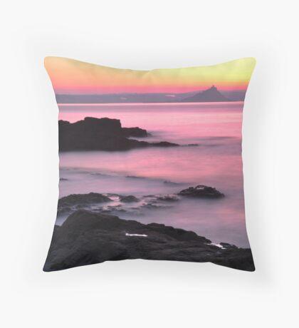 Dawn Light: St Michael's Mount: Penzance Cornwall UK Throw Pillow
