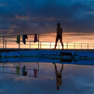 Bulli Beach Sunrise by scttw