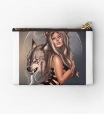 Canis Lupus Studio Pouch
