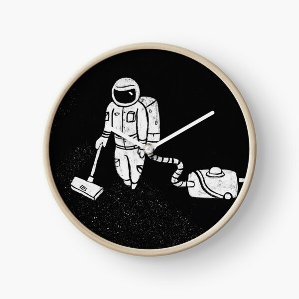 Astronaut Cleaning Clock