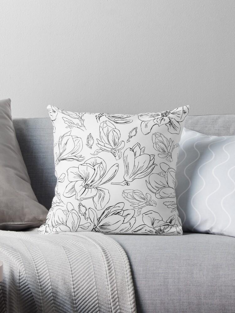 Weiße Magnolien | Zarte Hand gezeichnete Blumenmuster von KateAmedeo