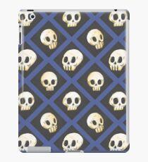 Tiling Skulls 4/4 - Blue iPad Case/Skin