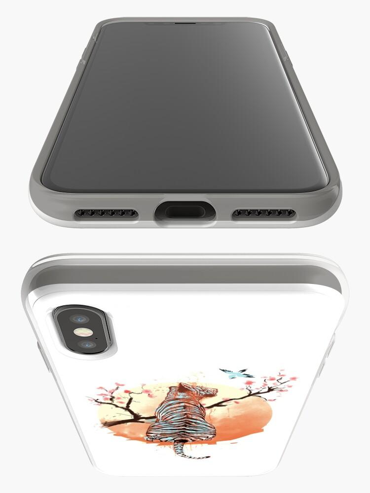 Vista alternativa de Funda y vinilo para iPhone Tigre en el árbol de sakura