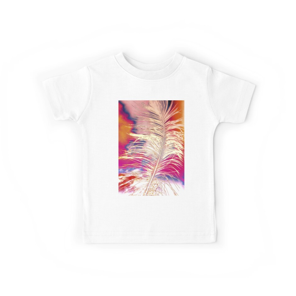 Ostrich Feather by SexyEyes69