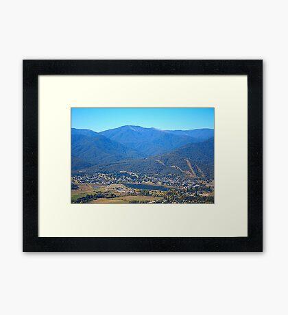 Sullivans Lookout Over Mt Beauty Framed Print