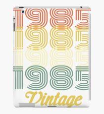 1985 VINTAGE T-SHIRT iPad Case/Skin