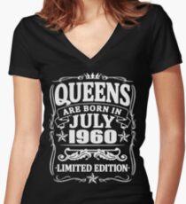Camiseta entallada de cuello en V Queens are born in july 1960