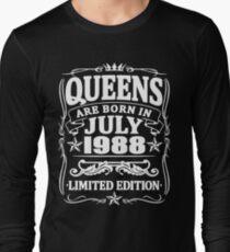 Camiseta de manga larga Queens are born in july 1988
