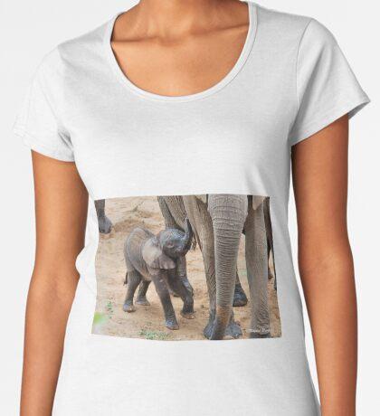 I AM HUNGRY - BABY ELEPHANT -  THE AFRICAN ELEPHANT – Loxodonta Africana Women's Premium T-Shirt