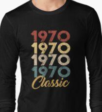 Born in 1970 Gift - Shirt - Classic Long Sleeve T-Shirt