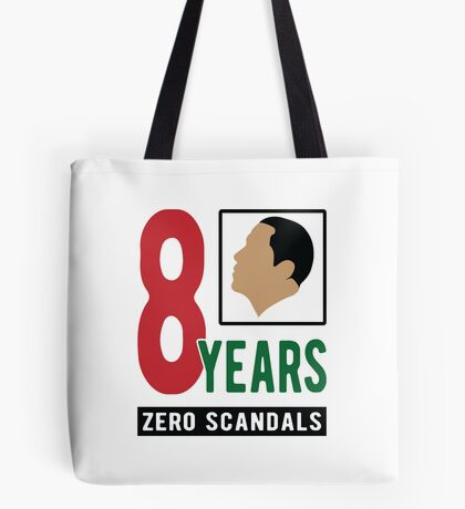 Obama 8 Years Zero Scandals Tote Bag