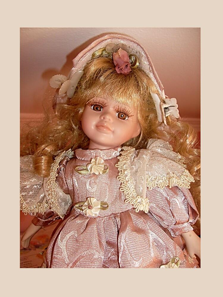 Doll    by beleja
