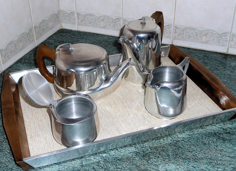 Picquot Ware Tea pot set  by Woodie