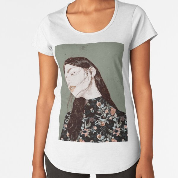 THE REVENGE ELENA GARNU Premium Scoop T-Shirt
