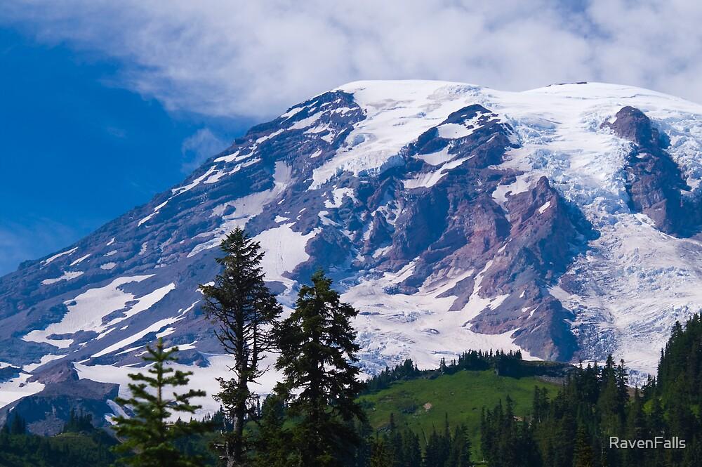 Mount Rainier by RavenFalls