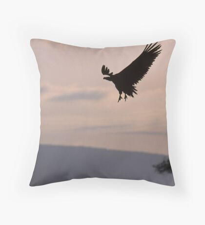 Vulture landing Throw Pillow