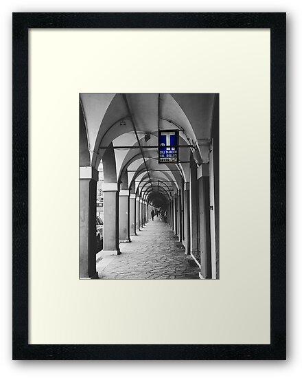 Láminas enmarcadas «Fotografía de calle en blanco y negro en Bologna ...